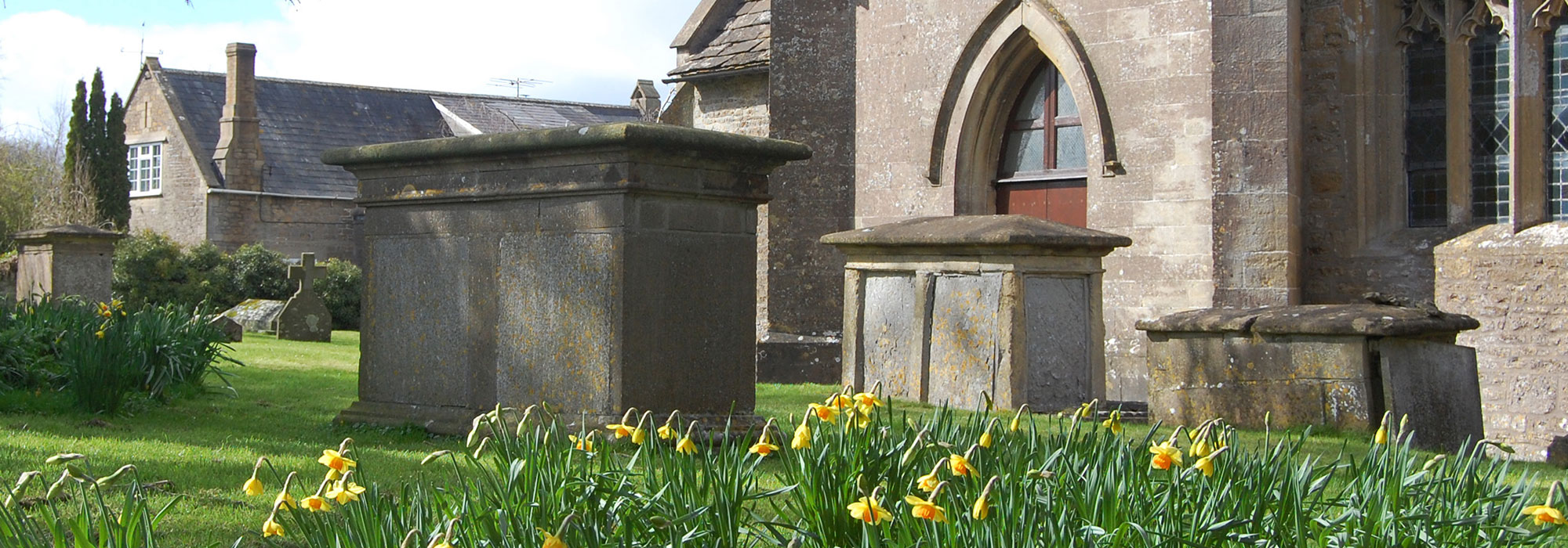 Chest-Tombs-at-St-Marys-Wanstrow-home